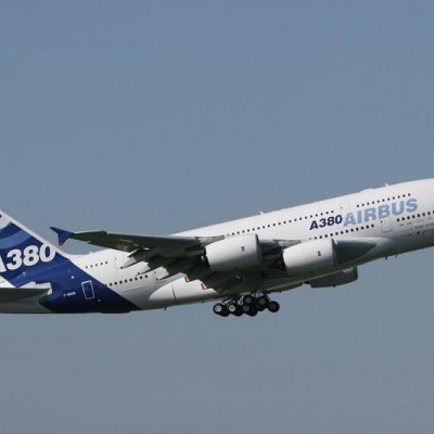 上海到郑州往返特价机票 (021-51875373)上海到郑州打折机票 上海到郑州飞机票