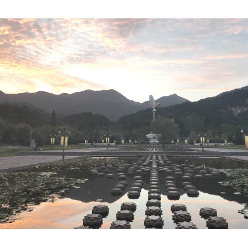 信阳灵山风景区对道德模范参观游览免费了