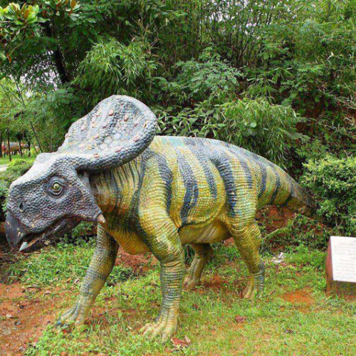 西峡恐龙遗迹园:遥远的恐龙王国正向你走来