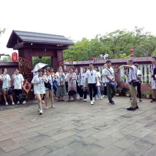 海南海经贸学生走进连理枝-校企联姻,创新融合开创新途径