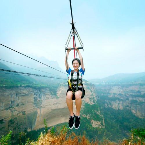 高空滑索+玻璃桥+摩天筒梯这么多刺激的项目你敢来挑战自己吗?