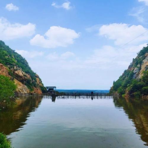 神潭大峡谷已融入大自然演绎的秋景、秋韵之中