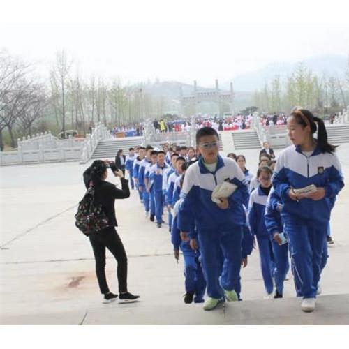 济宁邹城峄山风景区做大做强研学旅行品牌
