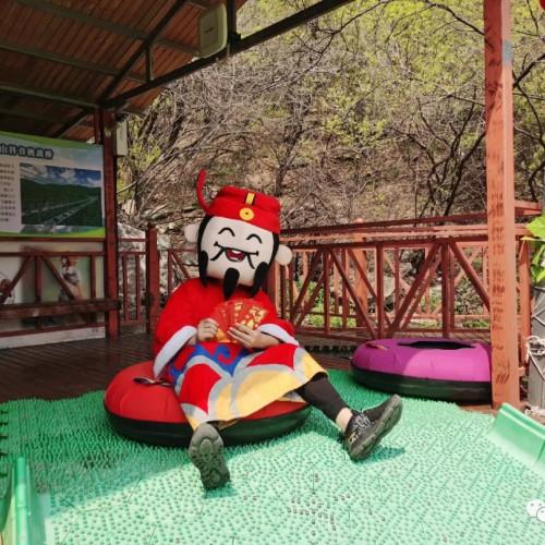 神农山决定于4月8日至4月12日补过女神节,对全国女神免门票