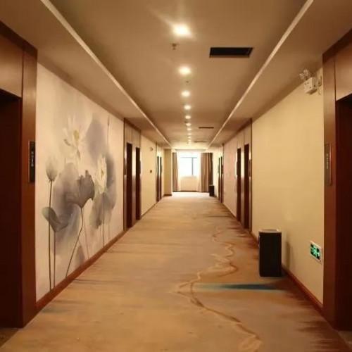 今年夏天七峰山假日酒店陪你一起嗨