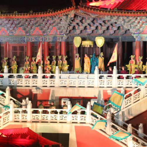 第二届全球文旅创作者大会(开封站)启动仪式暨2020版《大宋•东京梦华》首演仪式在清明上河园成功举行