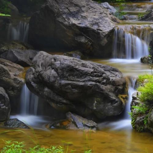 青天河的初夏,有风有雨有山有水才叫人生