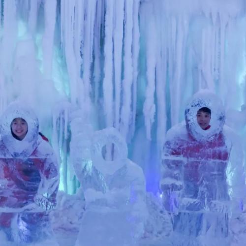八桂壮王城免费带你畅游全国最大的冰雪溶洞