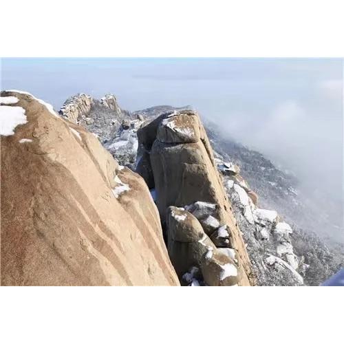 飘雪之时希望能在峄山之巅与你相逢