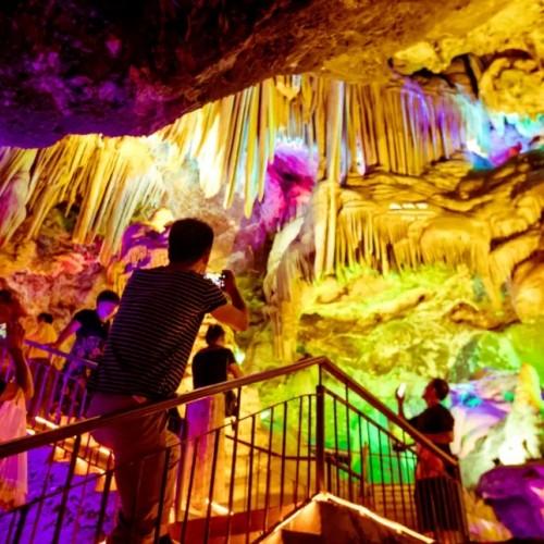 亿年仙宫鸡冠洞, 为湖北游客送出大礼